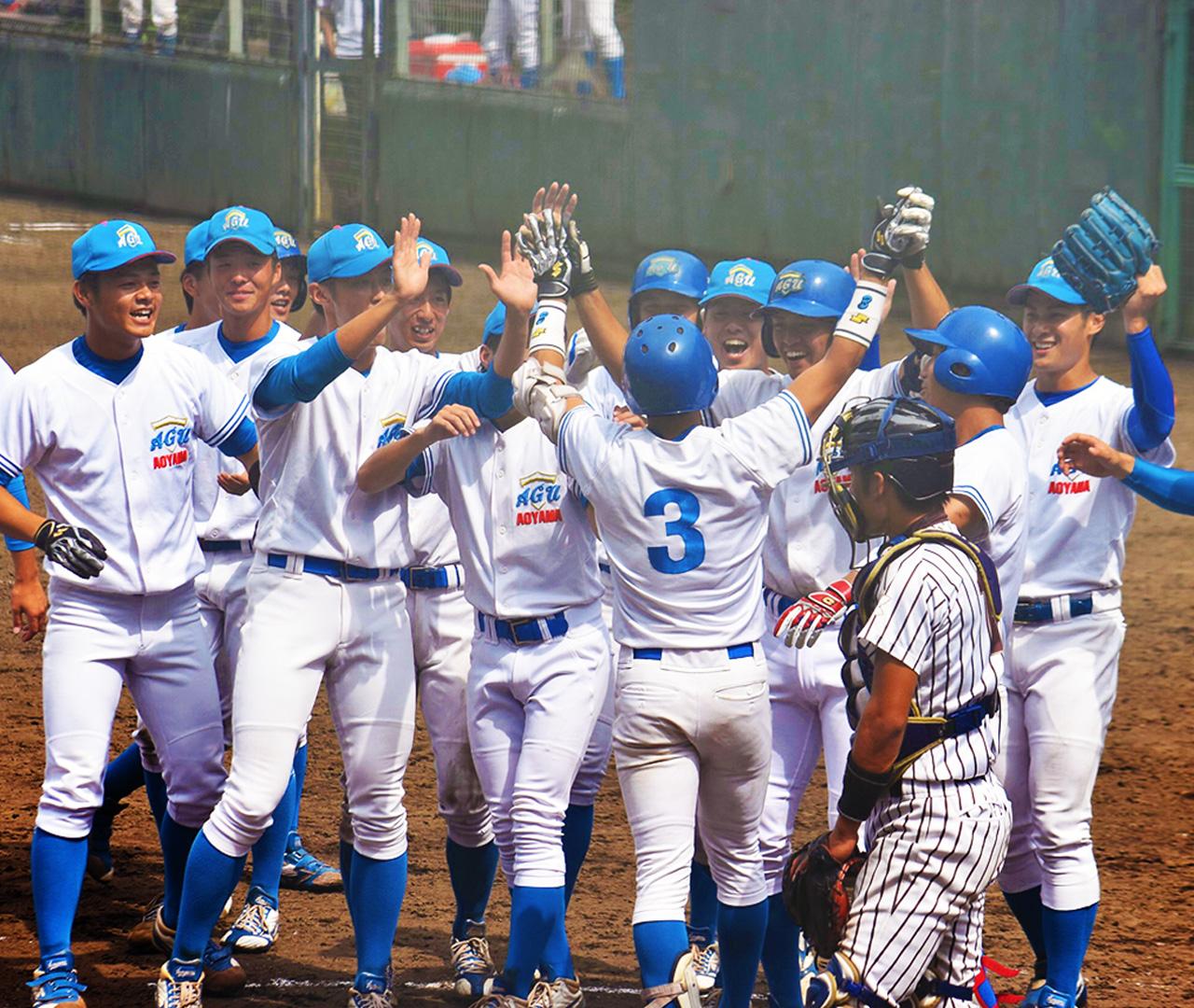 青山学院大学 硬式野球部 写真4